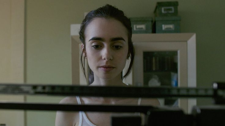 """Lily Collins upcoming movie To The Bone will be premiered on 14. July 2017 on Netflix ""-Watch Free Latest Movies Online on Moive365.to"