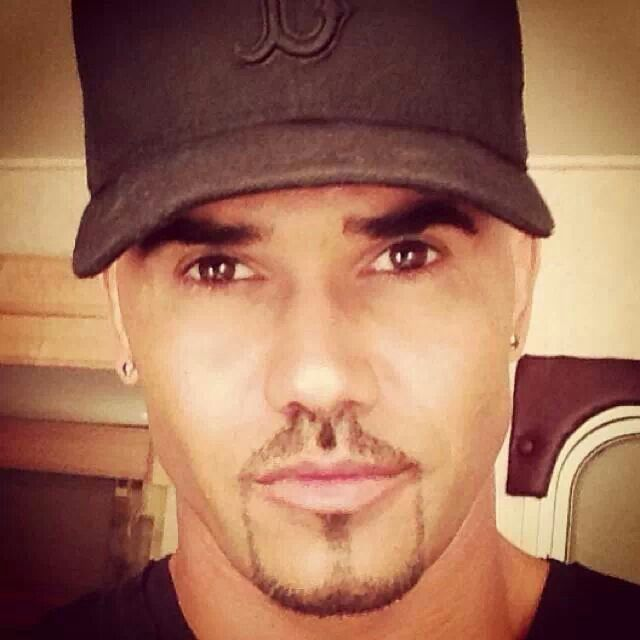 17 best images about shemar moore on pinterest boys is for Shemar moore back tattoo