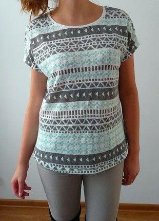 Kup mój przedmiot na #vintedpl http://www.vinted.pl/damska-odziez/bluzki-z-krotkimi-rekawami/10481878-tk-maxx-s-m-36-38-bluzka-azteckie-wzory-aztec-style-boho-etno-mietowa-szara-mint-pastelove