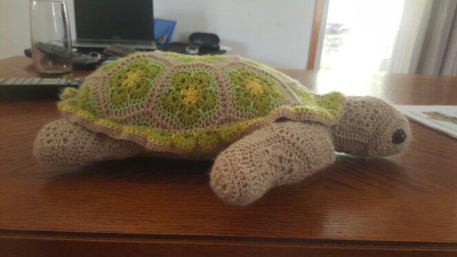 Atuin crochet turtle