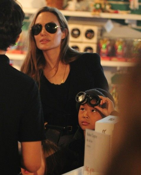 Angelina Jolie and Knox Jolie-Pitt - Angelina Jolie Takes Her Kids Shopping In NYC