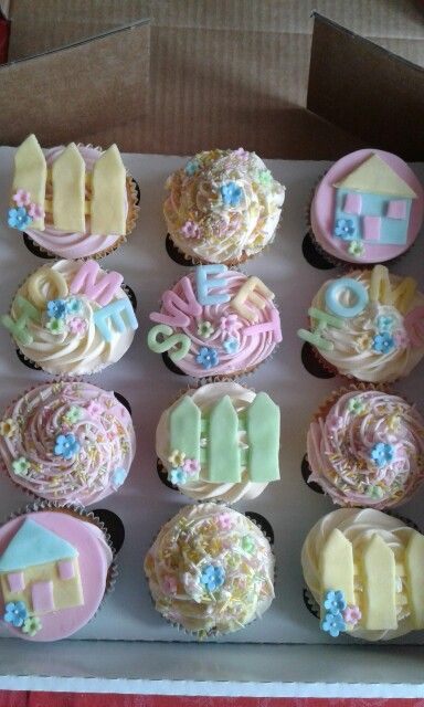 New home cupcakes by Gill x
