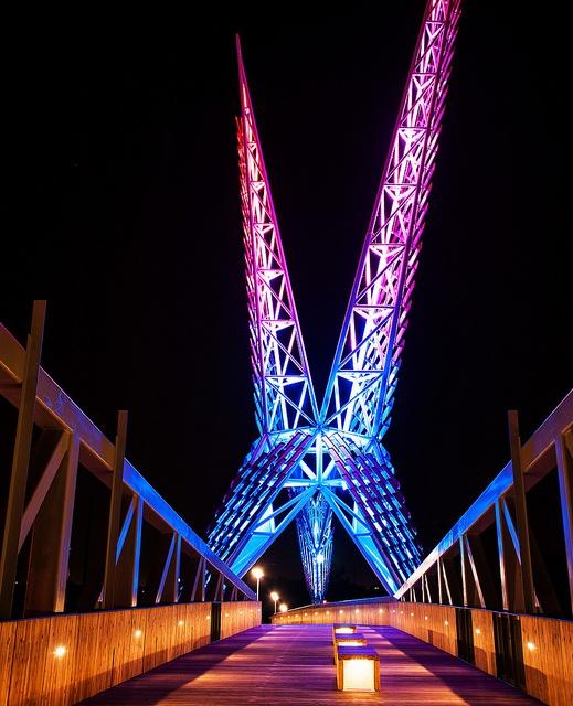 Sundance Pedestrian Bridge, I-40,  Oklahoma City. Inspired by state bird the Scissortail Flycatcher