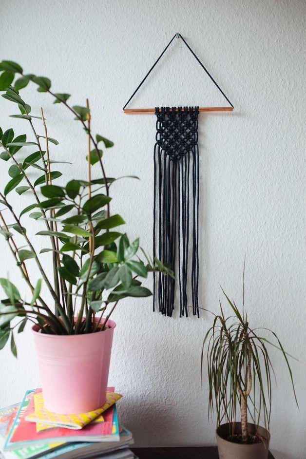 ber ideen zu makramee wandschmuck auf pinterest makram makramee pflanzenschaukeln. Black Bedroom Furniture Sets. Home Design Ideas