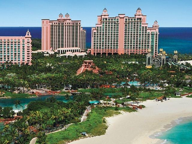 Exclusive: Sasha, Malia Obama Vacation at Bahamas' 'Atlantis' Resort and we're paying for it