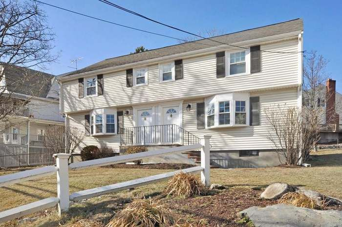 11 Bow St 11 Arlington Ma 02474 With Images Private Patio House Styles Real Estate Sales