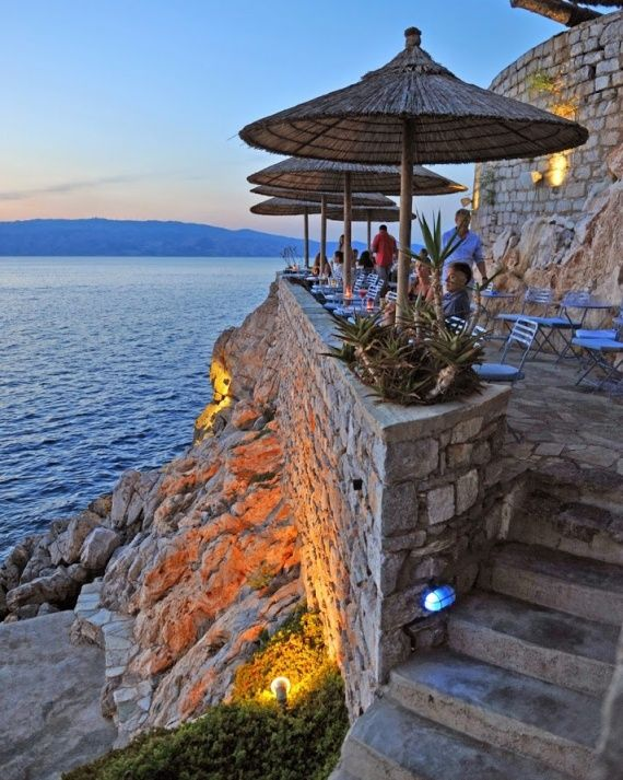 16 Martha Editors Pick Their Most Romantic Places in the World - Hydronetta Bar, Hydra, Greece