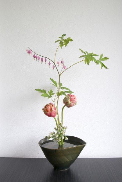 Ikebana - Japanese flowers arrangement  l AIF