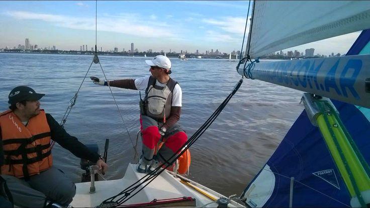 Navegar en velero con la Escuela Náutica DSerra
