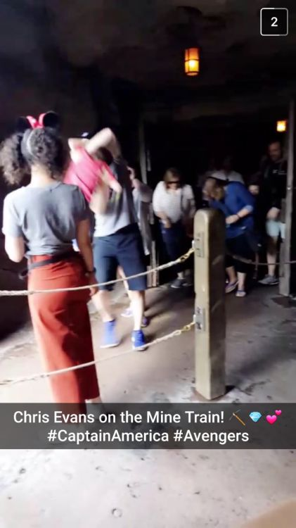 "Chris Evans and Jenny Slate spotted at Disney, in line for the Mine Train. December 15, 2016 From @darianashleigh on Twitter: ""Chris Evans rode the mine train this morning and I want to die here's the only FUCKING picture I got of him swooping a..."