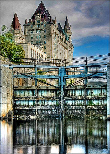 Chateau & Locks Ottawa Canada