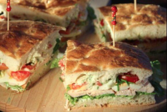 Turks brood met HEKS'NKAAS® door Gerry van Dalen