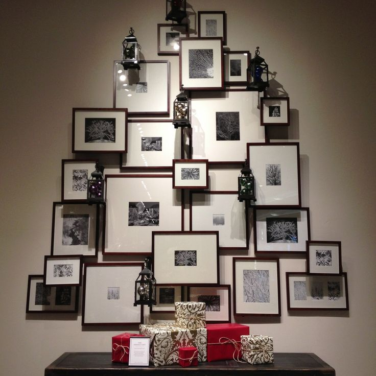 frame wall display using frame risers home design decor pinterest christmas trees natal. Black Bedroom Furniture Sets. Home Design Ideas