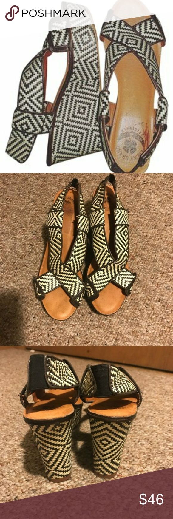 Lucky brand woven black and cream Wedge sandles 7 Gorgeous weaved patterned wedges by lucky brand in black and white. Great for spring summer or fall. Can be worn casually or dressed up! Super comfortable. Very gently used. Size 7 Lucky Brand Shoes Sandals