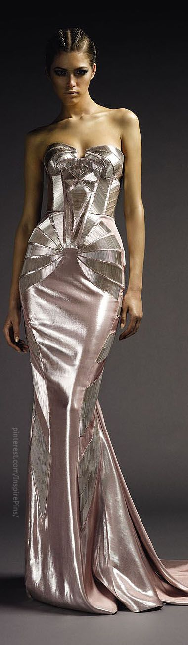 Versace Atelier does strong geometrics amazingly well. it reminds me of art deco architecture and jewelry.