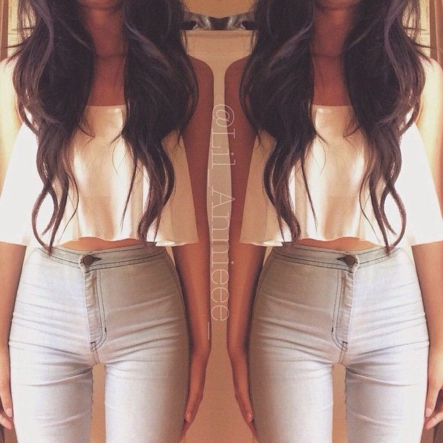 High waist pants with flowy crop top and sandals! Perfect for summer nights