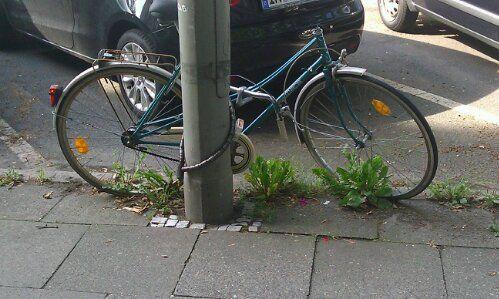 Fahrradleiche im Stellinger Weg