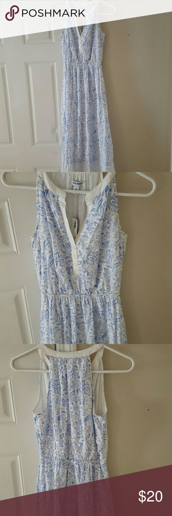 Blue and White Maxi Dress NWT pretty blue and white Maxi dress from Old Navy. Flowy and light weight, it's really comfortable but just a bit too long for me. Looks cute with a denim jacket. Old Navy Dresses Maxi