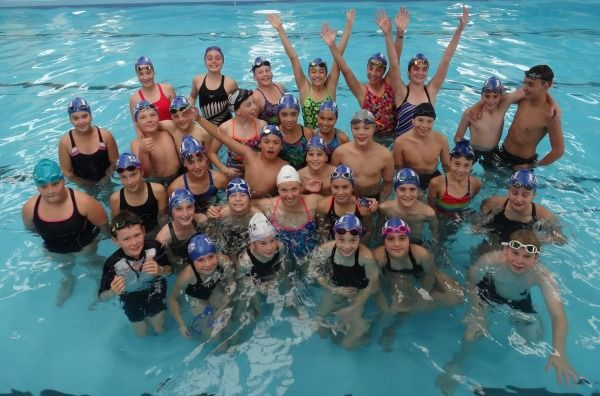 Lauren Boyle's visit to Patumahoe-based swim team FAST brought smiles to the young swimmers' faces.