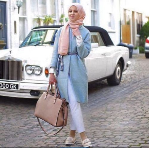 chic pastel hijab- Ideas for everyday casual hijab http://www.justtrendygirls.com/ideas-for-everyday-casual-hijab/