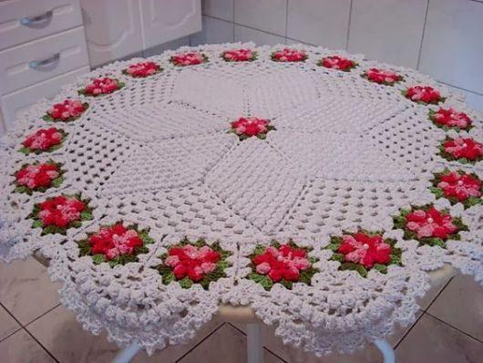 toalha redonda com flores