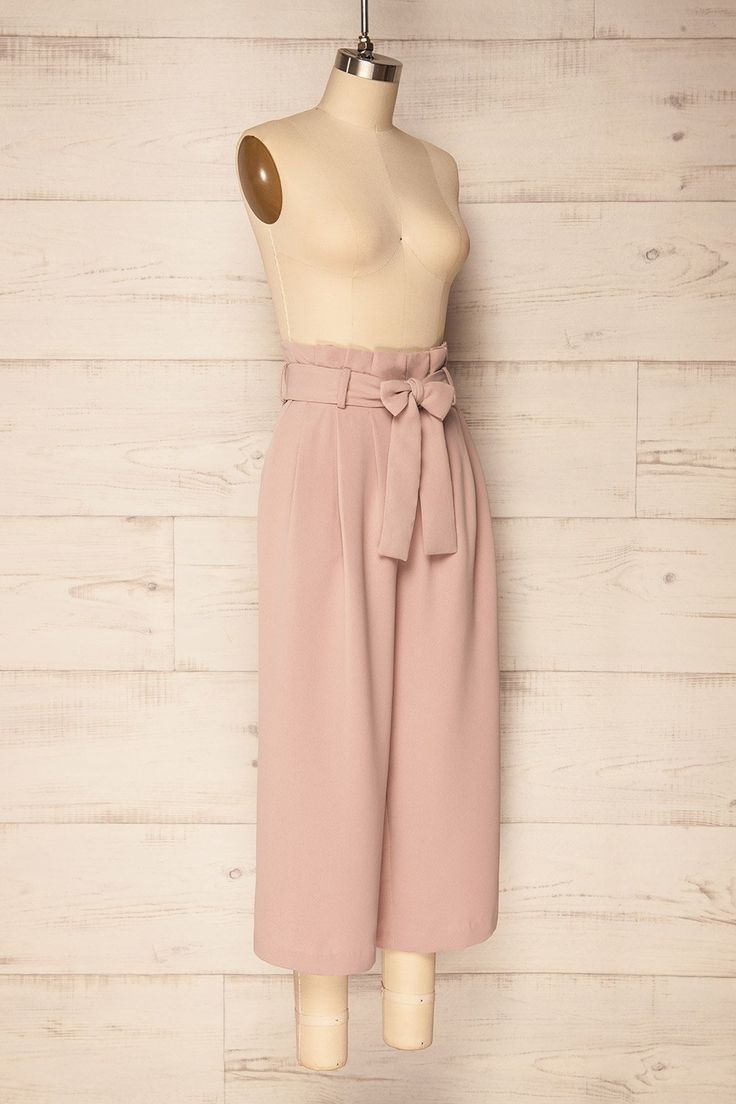 Ogy Light Pink Wide Leg High Waisted Capri Pants | La Petite Garçonne