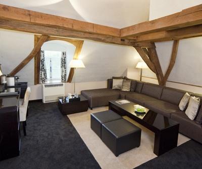 in mijn droomkamer wil ik een mega-zetel! :D