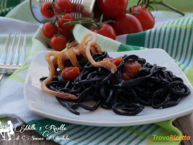 Spaghetti neri con sughetto di seppia ripiena  #ricette #food #recipes