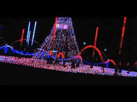 Dance of the Sugarplum Fairy - Shadrack -Light-O-Rama soooooo excited for our pigeon forge trip just BC of this amazingly insane light show!