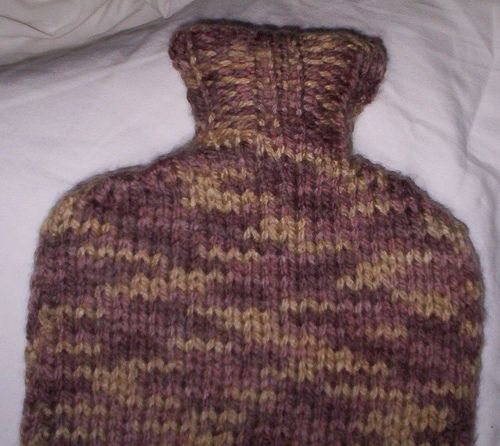 1000+ images about Free knitted hot water bottle cover ...