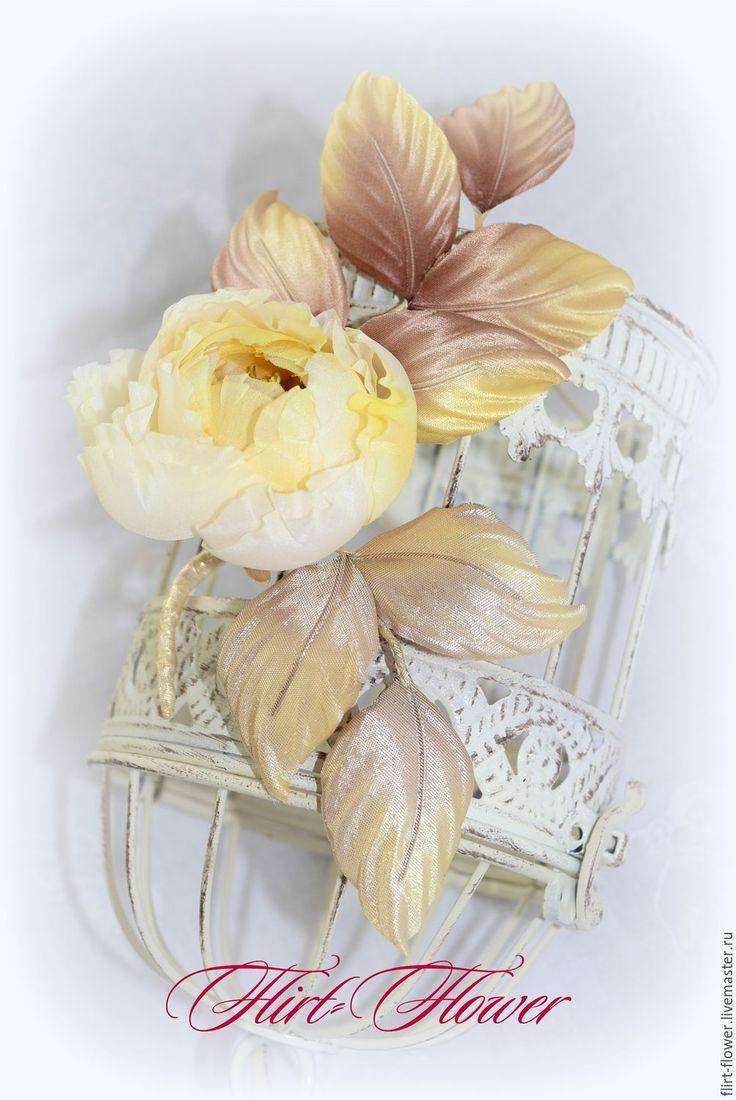Купить Желтая роза брошь цветок из шелка - желтый, нежно-желтый, роза ручной работы