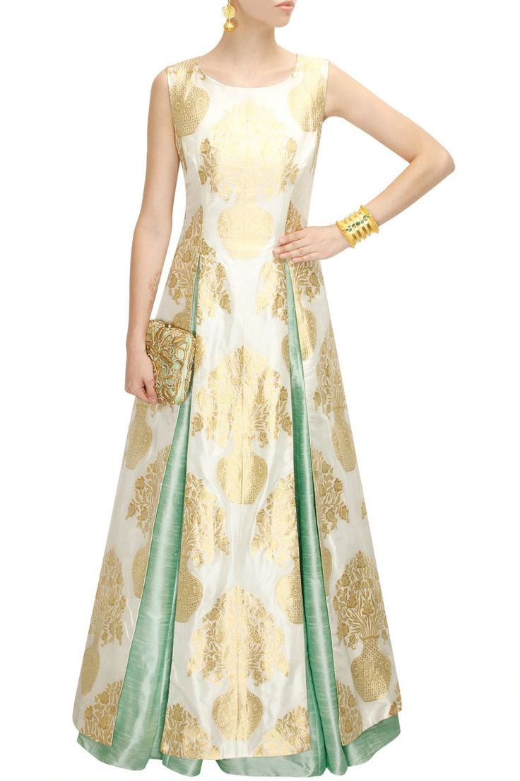 Mint green pleated lehenga available only at Pernia's Pop-Up Shop.