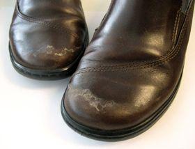 Hvordan fjerner man saltrande og andre tips til vinterpleje af lædersko #skopleje #læderpleje