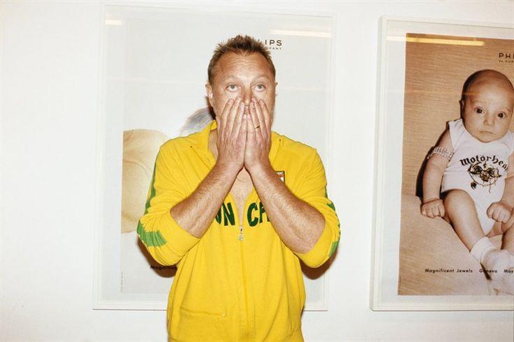 9 снимков того, как Юрген Теллер смотрит футбол