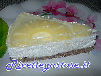 Cheesecake all'ananas -  http://www.ricettegustose.it/Semifreddi_e_gelati_1_html/Cheesecake_all_ananas.html