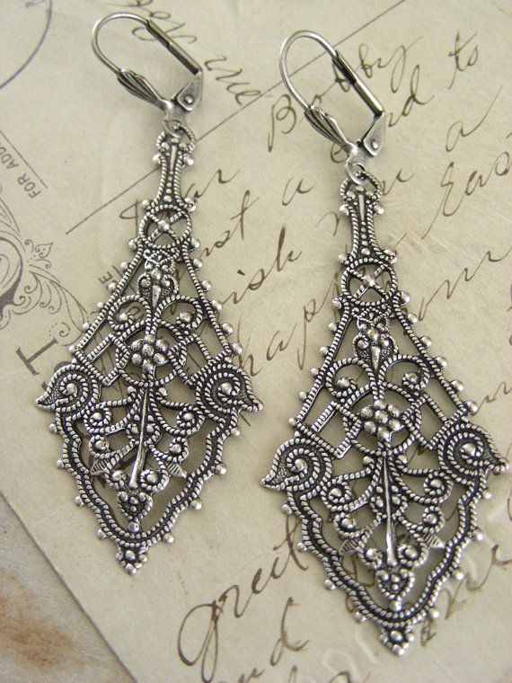 Earrings Silver Filigree Victorian by chloesvintagejewelry on Etsy, $28.50