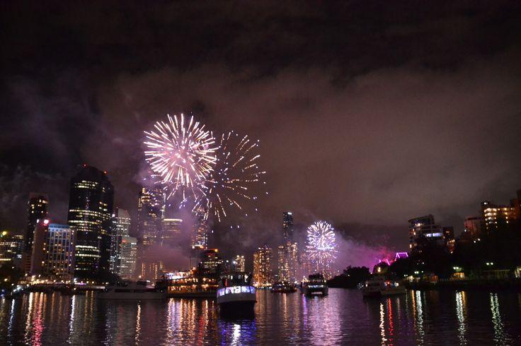 #brisbane #australia #expat #riverfire #fireworks