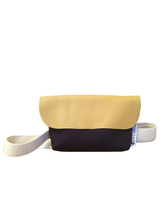SOLDE RABAIS 20% Sac banane en coton bleu et rabat par genreDenis