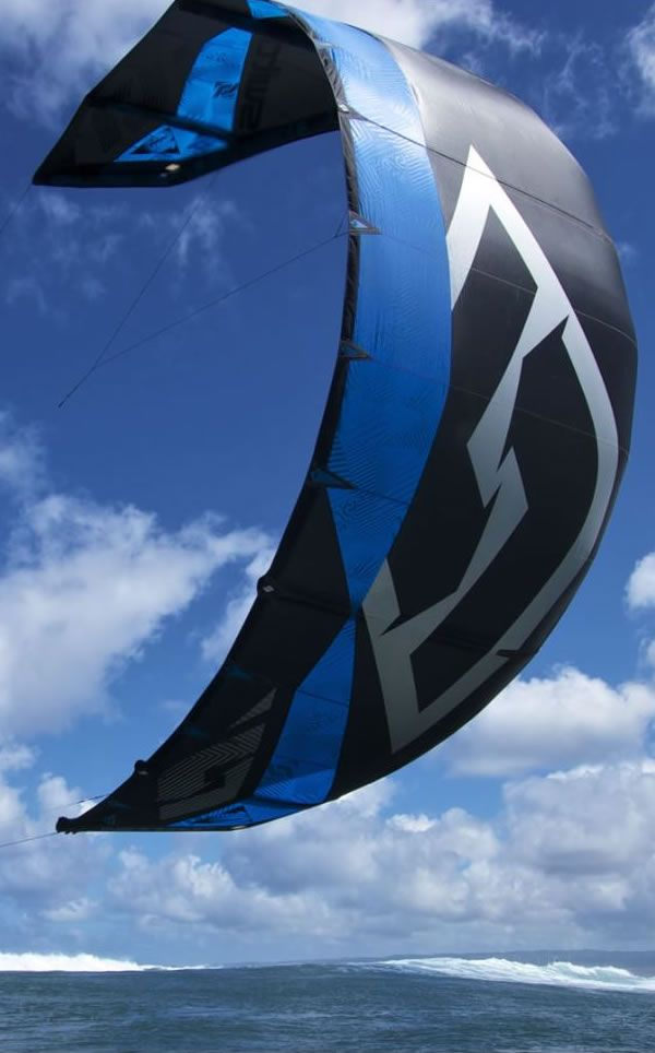 When first launched 3 years ago, the Nitro took the kite boarding world by surprise with its power and hang time signature performance. By fine tuning the wingtips, outline and bridles on this winning concept, we have now created the best Free-ride kite available.  #nitro3 #switchkites #freeride #kitesurf #kitesurfing