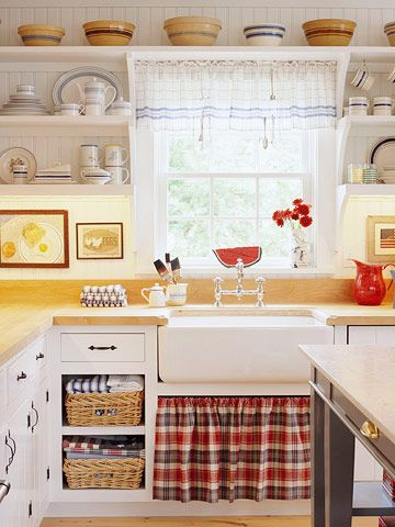 Pretty in Plaid - love ..love .. love everything about this kitchen.  Ahh..so many good ideas!