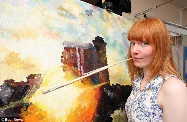 Seventeen year old Heather Purdham was diagnosed with hypermobility syndrome and advised to give up Art, after she was unable to grip a paintbrush without suffering from excruciating pain. While her arm was in a sling she began experimenting with other techniques including painting with her other hand, fingers, feet and mouth and, in less than a year, taught herself to paint with her mouth. Heather went on to achieve an A* in A Level Art (the top grade).