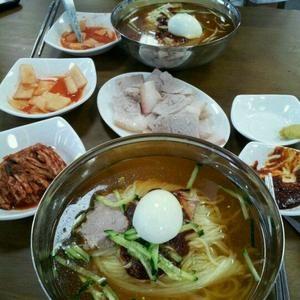 산방식당은 역시 수육. 모슬포에 위치하며 2호점이 제주시내에 생겼다    Woojung Hyun - All about Jeju :) - foursquare