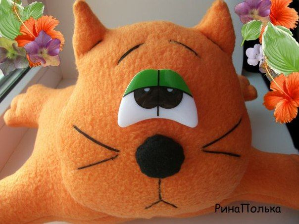 Materiales gráficos Gaby: Peluche gato de fieltro con molde y costura