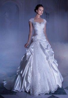 Demetrios 4315 Sissi bruidsjurken voor de Assepoester bruid   de Bruidshoek   De Bruidshoek