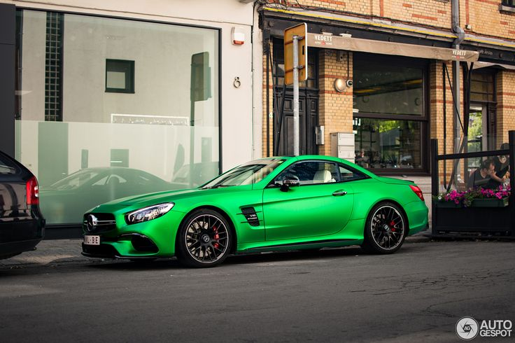 Mercedes-AMG SL 63 Showing Off With An Extraordinary Shade Belgium has got a Mercedes-AMG SL 63 in a green hell mango shade on its streets. The model has been spotted by an internet user Timothy in Antwerp this week. This color has also been used for Mercedes-AMG GT-R and we can notice the shade is pretty popular among this brand. Besides its...