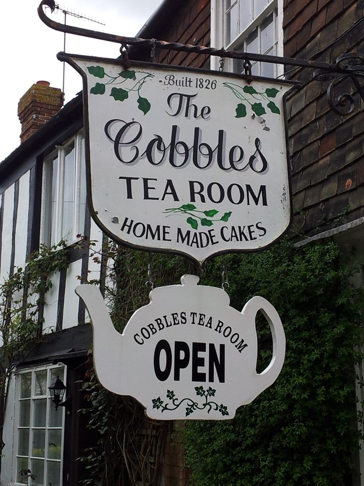 Cobbles tea room Rye East Sussex, perfect place for a slice of #cake