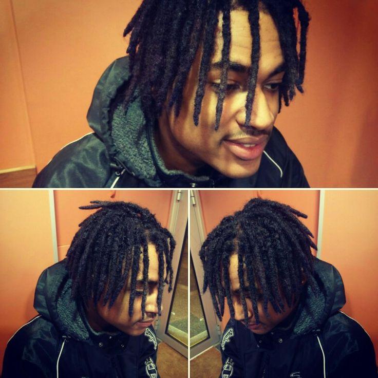 Parce que Beka Hair c'est aussi pour les Hommes ! Alors n'hésitez plus ;) envie de Dread ? Rasta ? Defrisage ? Retrouvez nous au 20 rue samaritaine à Bourg-en-Bresse ! #hairstyle #hair #afrohair #afro #coiffure #coiffureafro #dreadlocks #braids #braid #homme #coiffurehomme #bekahair #bourgenbresse #ain #black #men #menstyle #dreads #dread