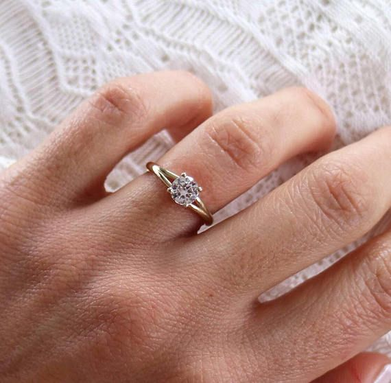 Diamond Solitaire Ring 0.7 Carat, Solid Yellow Gold Diamond Ring 18-karat, Wedding Ring, Delicate Diamond Engagement Ring, Gift for her