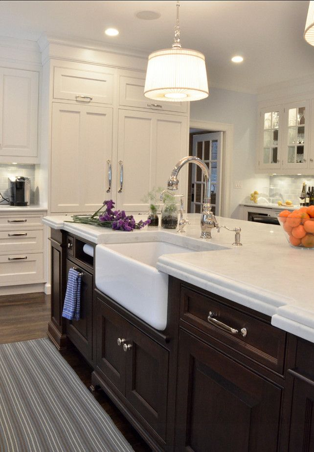 Farmhouse Kitchen Kitchen Island With Farmhouse Sink A Rohl Fireclay Apron Sink Provides Beautiful