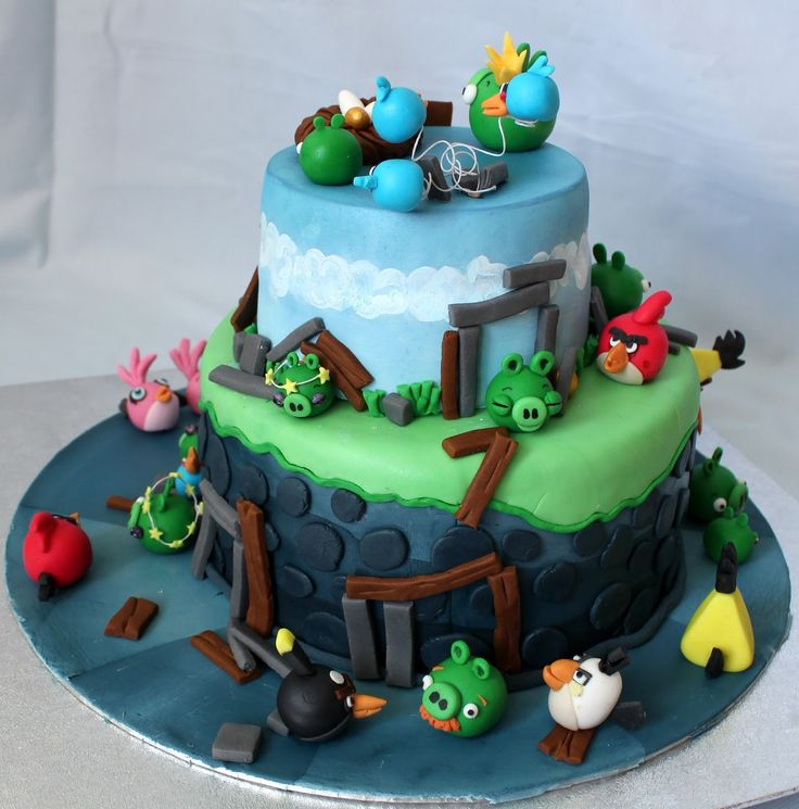 44 best images about angry birds on pinterest boat cake for Angry birds cake decoration kit